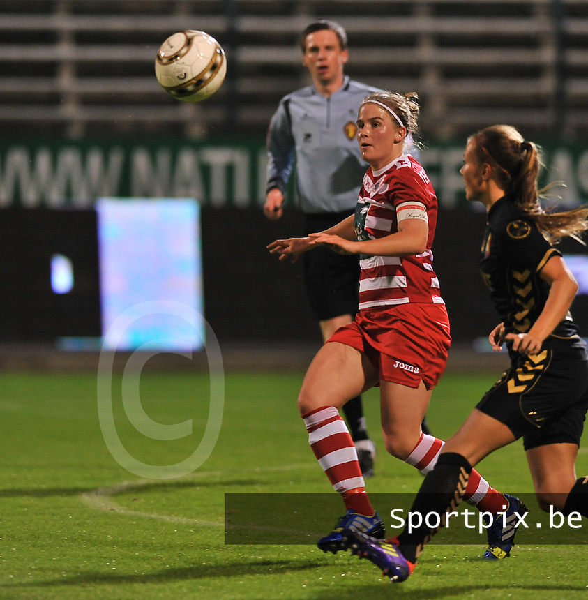 20131018 - ANTWERP , BELGIUM :  Antwerp Marlies Verbruggen pictured during the female soccer match between Royal Antwerp FC Ladies and Telstar Vrouwen Ijmuiden , of the Eight' matchday in the BENELEAGUE competition. Friday 18 October 2013. PHOTO DAVID CATRY