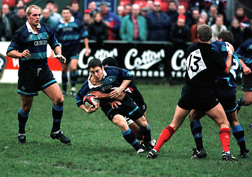 Photo. Richard Lane..Bedford v Saracens. 15/11/98. Charlie Harrison is caught by Alaun Penaud.