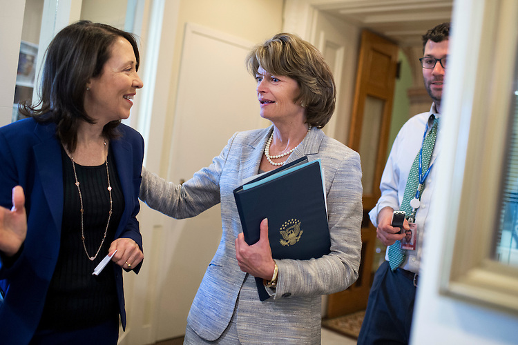 UNITED STATES - APRIL 20: Senate Energy and Natural Resources Committee Chairman Lisa Murkowski, R-Alaska, right, and Ranking Member Maria Cantwell, D-Wash., arrive for a news conference in the Capitol after the Senate passed the Energy Policy Modernization Act, April 20, 2016. (Photo By Tom Williams/CQ Roll Call)