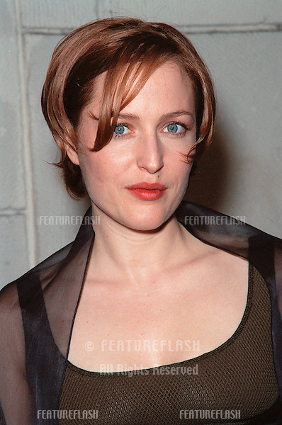"""20OCT99: Actress GILLIAN ANDERSON at the Los Angeles premiere of the Japanese animated movie """"Princess Mononoke"""" for which she supplies the voice for one of the characters..© Paul Smith / Featureflash"""