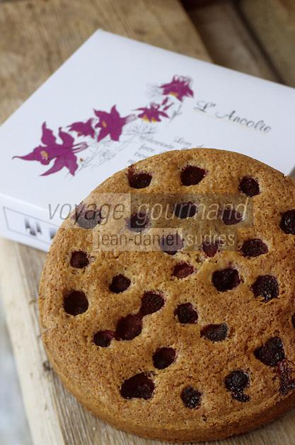 Europe/France/73/Savoie/Val d Isere: l'Ancolie gateau créé par Patrick Chevalot MOF boulanger patissier