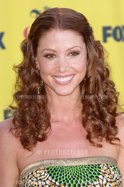 SHANNON ELIZABETH at the 2005 Teen Choice Awards at Universal Amphitheatre, Hollywood..August 14, 2005; Los Angeles, CA:  .© Paul Smith / Featureflash