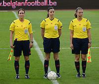 Belgian Red Flames - Nederland :<br /> <br /> Het Hongaarse scheidsrechterstrio : Andrea Hima (L), referee Katalin Kulcsar (M) en Judit Kulcsar (R)<br /> <br /> foto Dirk Vuylsteke / Nikonpro.be