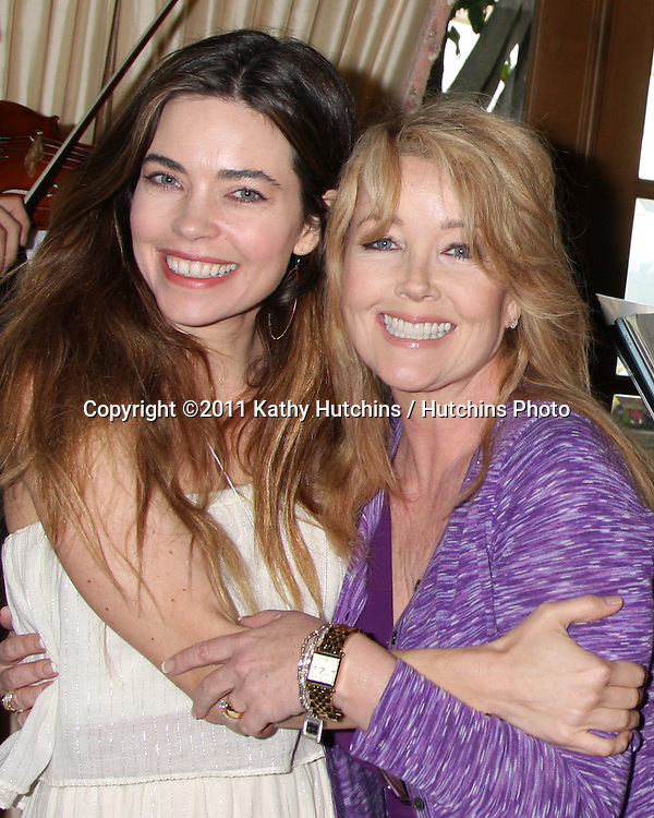 LOS ANGELES - APR 2:  Amelia Heinle. Melody Thomas Scott at the Baby Shower for Jennifer Scott at Ed & Melody Thomas Scott's Home on April 2, 2011 in Beverly Hills, CA