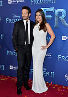 "LOS ANGELES, USA. November 08, 2019: Idina Menzel & Aaron Lohr at the world premiere for Disney's ""Frozen 2"" at the Dolby Theatre.<br /> Picture: Paul Smith/Featureflash"