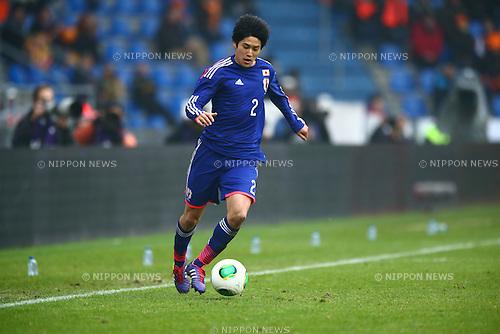 Atsuto Uchida (JPN),<br /> NOVEMBER 16, 2013 - Football / Soccer :<br /> International friendly match between Japan 2-2 Netherlands at Cristal Arena in Genk, Belgium. (Photo by Kenzaburo Matsuoka/AFLO)