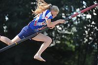 FIERLJEPPEN: BURGUM: 06-08-2016, ROC FRIESE POORT Competitie eeste klas Fierljeppen, Sigrid Bokma, ©foto Martin de Jong
