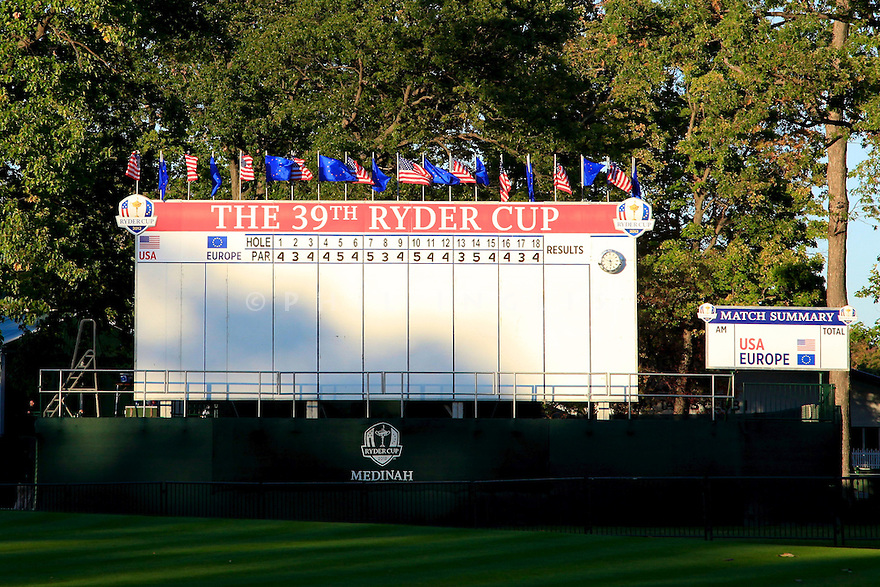 Empty scoreboard on the 18th green   during practice thursday of the 39th Ryder Cup matches, Medinah Country Club, Chicago, Illinois, USA.  28-30 September 2012 (Picture Credit / Phil Inglis)