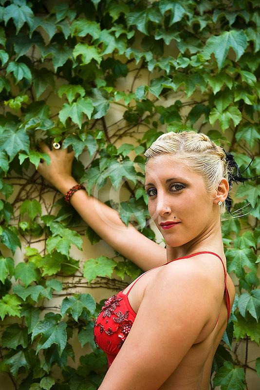 Argentina, Buenos Aires, Tango dancer, solo portrait, young woman
