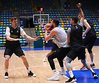 Danilo Barthel (Deutschland) unter Druck - 20.02.2018: Deutsche Nationalmannschaft bereitet sich auf das WM-Quali-Spiel gegen Serbien vor, Fraport Arena Frankfurt