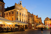 Geb&auml;ude am alten Marktplatz (Stary Rynek) in Posnan (Posen), Woiwodschaft Gro&szlig;polen (Wojew&oacute;dztwo wielkopolskie), Polen Europa<br /> Old Market Place (Stary Rynek) in Pozan, Poland, Europe