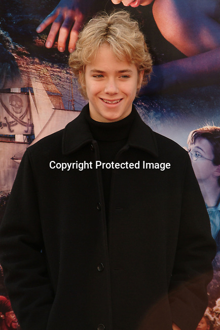 Jeremy Sumpter<br />