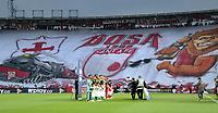 BOGOTA-COLOMBIA, 08-03-2020: Jugadores de Independiente Santa Fe y Atletico Nacional, antes de partido de la fecha 8 entre Independiente Santa Fe y Atletico Nacional, por la Liga BetPLay DIMAYOR I 2020, en el estadio Nemesio Camacho El Campin de la ciudad de Bogota. / Players of Independiente Santa Fe and Atletico Nacional, prior a match of the 8th date between Independiente Santa Fe and Atletico Nacional, for the BetPlay DIMAYOR I Leguaje 2020 at the Nemesio Camacho El Campin Stadium in Bogota city. / Photo: VizzorImage / Luis Ramirez / Staff.
