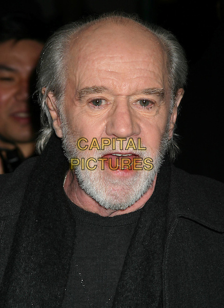 GEORGE CARLIN.Jersey Girl premiere at the Ziegfeld theatre, New York.9 March 2004..*UK Sales Only*.headshot, portrait, beard.www.capitalpictures.com.sales@capitalpictures.com.©Capital Pictures.