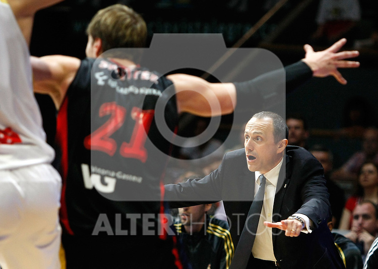 Real Madrid's Ettore Messina reacts during Liga ACB semifinal match. June 02, 2010. (ALTERPHOTOS/Alvaro Hernandez)