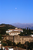 GRANADA- ESPAÑA- 24-06-2005. Panorámica Granada, España. Panoramic Granada, Spain. (Photo: VizzorImage)..............