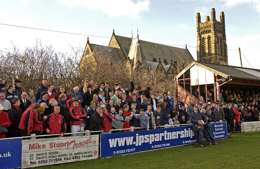 Photo. Jed Wee..England U19 v Scotland U19, U19 Six Nations Championship, Woodlands Stadium, Lytham St Annes. 16/01/2004..Fylde Rugby Football Club.