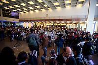 SÃO PAULO, SP, 29.05.2015 - PROFESSORES-SP - Professores em greve realizam reunião para decidir sobre os rumos da greve, no Clube Homs na avenida Paulista, região central de São Paulo nesta sexta-feira 29. (Foto: Gabriel Soares/Brazil Photo Press)