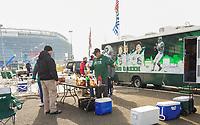 Tailgating der Fans der New York Jets auf dem Parkplatz vor dem Stadion - 08.12.2019: New York Jets vs. Miami Dolphins, MetLife Stadium New York