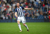 30th September 2017, The Hawthorns, West Bromwich, England; EPL Premier League football, West Bromwich Albion versus Watford; Chris Brunt of West Bromwich Albion watches to see if his pass was successful