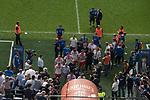12.05.2018, Volksparkstadion, Hamburg, GER, 1.FBL. Hamburger SV vs Borussia Moenchengladbach,  im Bild   <br /> <br /> Die HSV Mannschaft verabschiedet sich von den Fans <br /> <br /> <br /> der letzte Gang aus dem Stadion in der 1. Liga <br /> Foto &copy; nordphoto / Kokenge