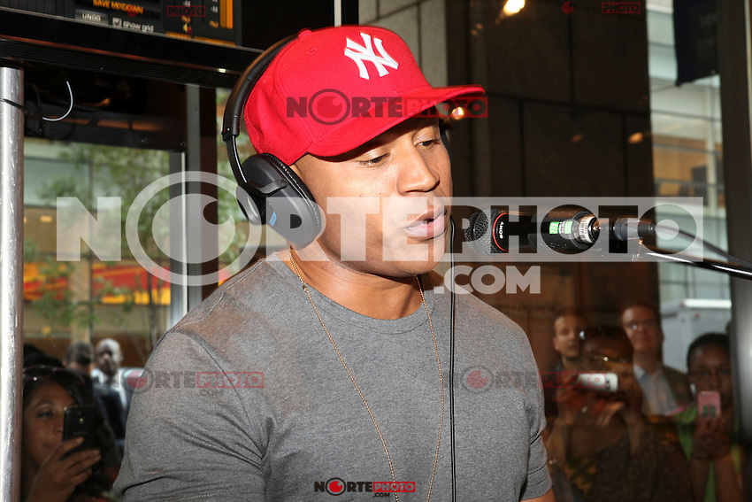 Grammy Award-winning rapper, LL Cool J  appears at an in store to demonstrate Sony's new software application 'My Connect Studio' for the VAIO E14P laptop at the new Sony store in New York City. June 20, 2012. &copy; Diego Corredor/MediaPunch Inc NORTEPHOTO.COM<br /> **SOLO*VENTA*EN*MEXICO**<br /> **CREDITO*OBLIGATORIO** <br /> *No*Venta*A*Terceros*