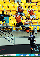 A fan tries to catch a six during the International Twenty20 cricket match between the NZ Black Caps and Pakistan at Westpac Stadium in Wellington, New Zealand on Saturday, 6 January 2018. Photo: Dave Lintott / lintottphoto.co.nz