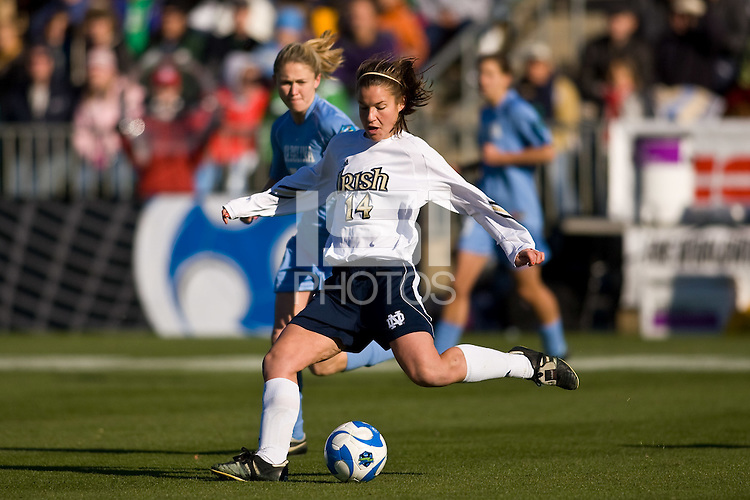 Notre Dame Fighting Irish midfielder Courtney Rosen (14). The North Carolina Tar Heels defeated the Notre Dame Fighting Irish 2-1 during the finals of the NCAA Women's College Cup at Wakemed Soccer Park in Cary, NC, on December 7, 2008. Photo by Howard C. Smith/isiphotos.com