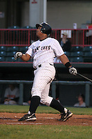 Erie Seawolves Danilo Sanchez during an Eastern League game at Jerry Uht Park on April 14, 2006 in Erie, Pennsylvania.  (Mike Janes/Four Seam Images)