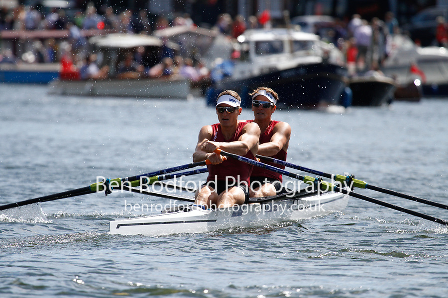 Race: 15 - Event: DOUBLES - Berks: 519 P.H. HOUIN & J.A. AZOU, FRA - Bucks: 528 J.W. STOREY & C.W. HARRIS, NZL<br /> <br /> Henley Royal Regatta 2017<br /> <br /> To purchase this photo, or to see pricing information for Prints and Downloads, click the blue 'Add to Cart' button at the top-right of the page.