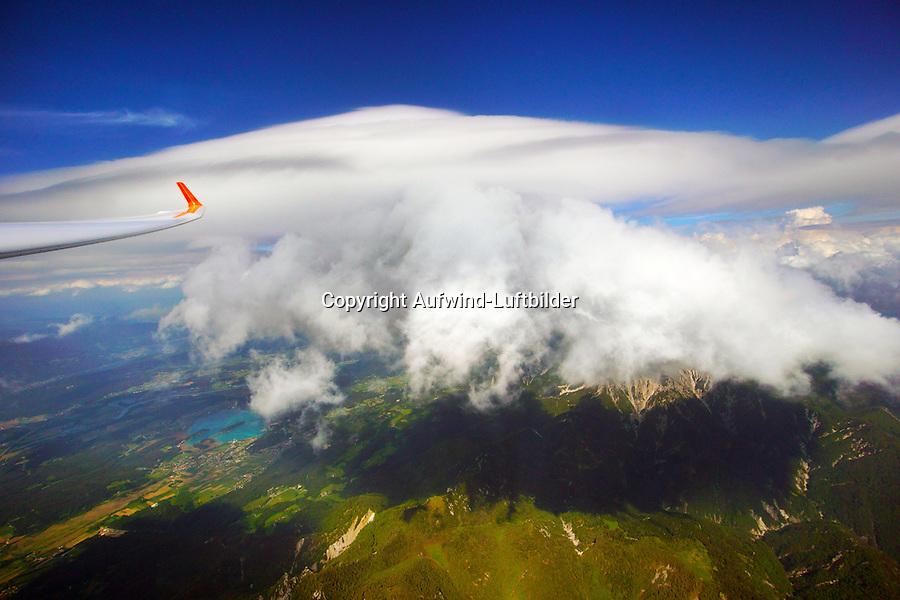 Lenticularis und Cumulus: SLOWENIEN , 19.05.2015 Lenticularis und Cumulus, Wellewolke über Schoenwetterwolke, Karawanken,