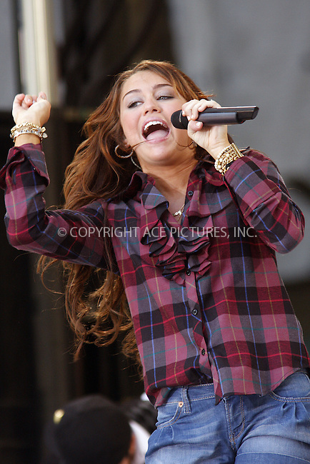 WWW.ACEPIXS.COM . . . . .  ....July 18 2008, New York City....Actress and singer Miley Cyrus performed on stage in Bryant Park for ABC's 'Good Morning America' show on July 18 2008 in New York City......Please byline: AJ Sokalner - ACEPIXS.COM..... *** ***..Ace Pictures, Inc:  ..te: (646) 769 0430..e-mail: info@acepixs.com..web: http://www.acepixs.com