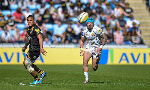 26.04.2015.  Coventry, England.  Aviva Premiership. Wasps versus Exeter Chiefs. Jack Nowell (Exeter) chases his own kick.