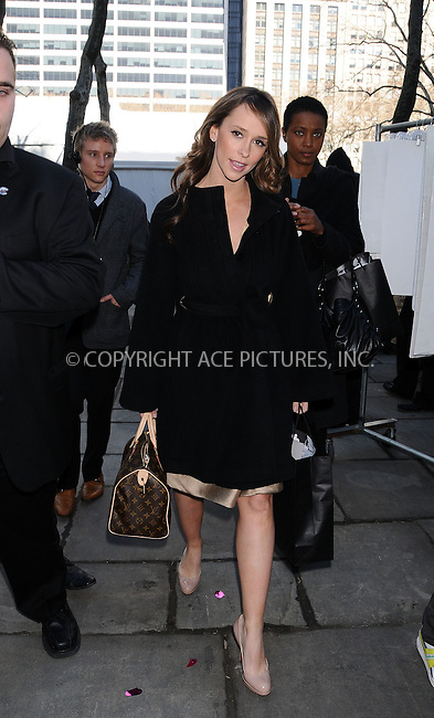 WWW.ACEPIXS.COM . . . . .  ....February 15 2009, New York City....Actress Jessica Love Hewitt at Mercedes Benz New York Fall Fashion week 2009 at the Tents in Bryant Park....Please byline: AJ Sokalner - ACEPIXS.COM..... *** ***..Ace Pictures, Inc:  ..tel: (212) 243 8787..e-mail: info@acepixs.com..web: http://www.acepixs.com