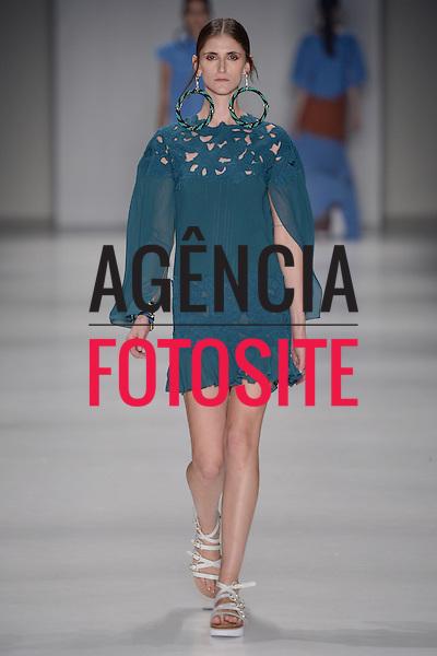 Juliana Jabour<br /> <br /> S&atilde;o Paulo Fashion Week- Ver&atilde;o 2016<br /> Abril/2015<br /> <br /> foto: Ze Takahashi/ Ag&ecirc;ncia Fotosite