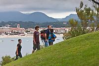 Europe/France/Aquitaine/64/Pyrénées-Atlantiques/Pays-Basque/Saint-Jean-de-Luz: randonnée à la colline de Sainte-Barbe [Autorisation : 2011-124]