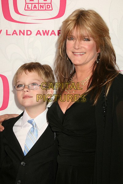 SUSAN OLSEN & GUEST.5th Annual TV Land Awards at Barker Hangar, Santa Monica, California, USA, 14 April 2007..half length.CAP/ADM/BP.©Byron Purvis/AdMedia/Capital Pictures.