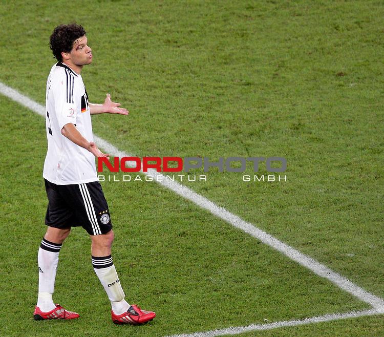 UEFA Euro 2008  Finale - Spanien Europameister 2008<br /> <br /> Vienna - Ernst Happel Match 32<br /> Deutschland ( GER ) - Spanien ( ESP ) 0:1<br /> <br /> Sprachlos Michael Ballack (Germany / Mittelfeldspieler / Midfielder /  Chelsea London #13) - mit der Wunde am rechten Auge<br /> <br /> <br /> Foto &copy; nph (  nordphoto  )<br /> <br /> <br /> <br />  *** Local Caption ***
