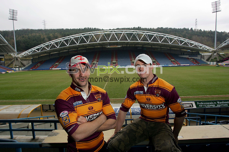 Pix by BEN DUFFY/SWpix.com......Huddersfield rugby league players..20/04/06..Picture Copyright >> Simon Wilkinson >> 07811267706..Huddersfield's Stephan Wild and Martin Aspinwall pictured at the teams Galpharm stadium