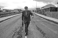 WRITER'S WEEK OPENS IN LISTOWEL<br /> Listowel playwright John B Keane strolls along the road named after him on the outskirts of the Kerry town  today (Thursday) during a civic reception.<br /> Picture by Don MacMonagle