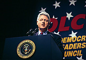 United States President Bill Clinton speaks at the Democratic Leadership Council (DLC) 1995 Annual Conference at the Washington Convention Center in Washington, D.C., Monday, November 13, 1995 . <br /> Credit: Ron Sachs / CNP