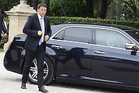 Roma, 19 Maggio 2014<br /> Il Presidente del Consiglio dei Ministri, Matteo Renzi, ha incontrato a Villa Doria Pamphilj il Primo Ministro della Repubblica di Polonia, Donald Tusk. <br /> Renzi arriva a Villa Pamphilj.<br /> The President of the Council of Ministers, Matteo Renzi, met at Villa Doria Pamphili, the Prime Minister of the Republic of Poland, Donald Tusk.