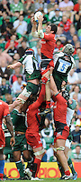 Twickenham, GREAT BRITAIN, Centre, Toulouses', Jean BOUILHOU, outj umps left, Nick KENNEDY and  right, Bob CASEY,during the Heineken, Semi Final, Cup Rugby Match,  London Irish vs Toulouse, at the Twickenham Stadium on Sat 26.04.2008 [Photo, Peter Spurrier/Intersport-images]
