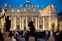 Roma, 1 Maggio 2011. Fedeli in Piazza San Pietro