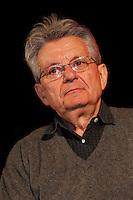 NAPOLI 15/04/2013 ROBERTO SAVIANO RITORNA AL DIALOGO CON LA SUA CITTA PER PRESENTARE IL SUO NUOVO  LIBRO. . ***<br /> The Gomorra's  writer Roberto Saviano came back in  Naples after seven years, . The occasion was the presentation of his latest book ZeroZeroZero