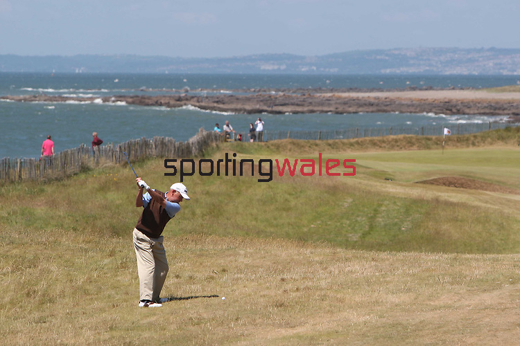 Ryder Cup Wales Seniors Open 2010.Bob Cameron plays his approach to the 1st hole..Royal Porthcawl Golf Club.20.06.10.© Steve Pope