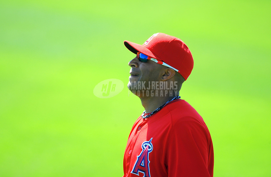 Mar. 6, 2012; Tempe, AZ, USA; Los Angeles Angels center fielder Vernon Wells in the outfield during the second inning against the Chicago White Sox during a spring training game at Tempe Diablo Stadium.  Mandatory Credit: Mark J. Rebilas-