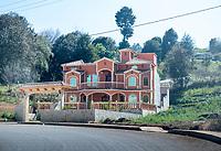 Arquitectura Libre / Free Architecture, Zinacantan, Chiapas, Mexico