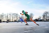 KORTEBAAN: BANTEGA: IJsvereniging de Polder, 16-01-2013, Schaatsseizoen 2012-2013, Kortebaanwedstrijd, Start, Ted-Jan Bloemen, ©foto Martin de Jong