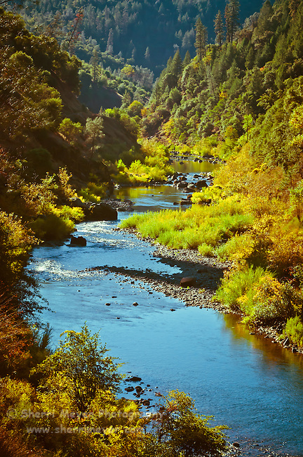 Fall colors along the North Fork of the American River, Auburn, California.